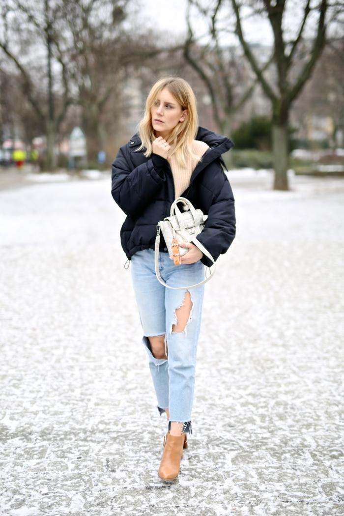 Wattierte Bomberjacke, Berlin Fashionweek, Boyfriend Jeans, silberne Tasche