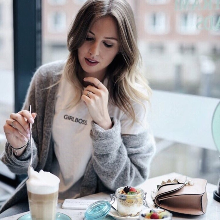 oufit, coffee, valentino