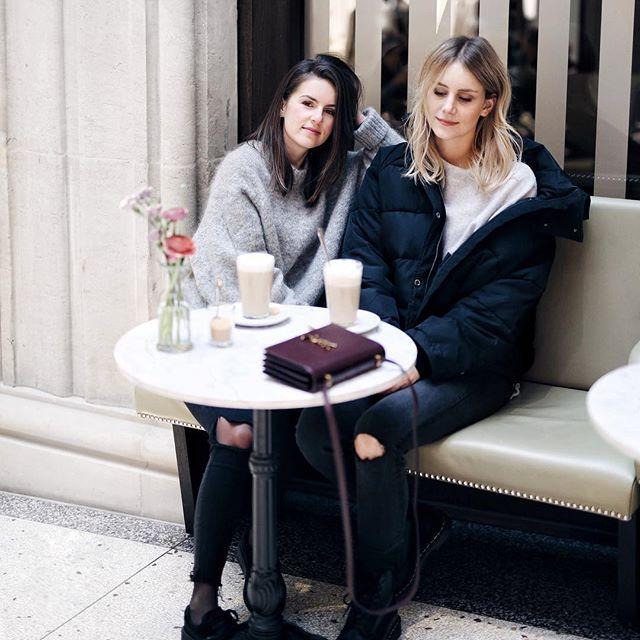Café, Bank, Pullover, Boots