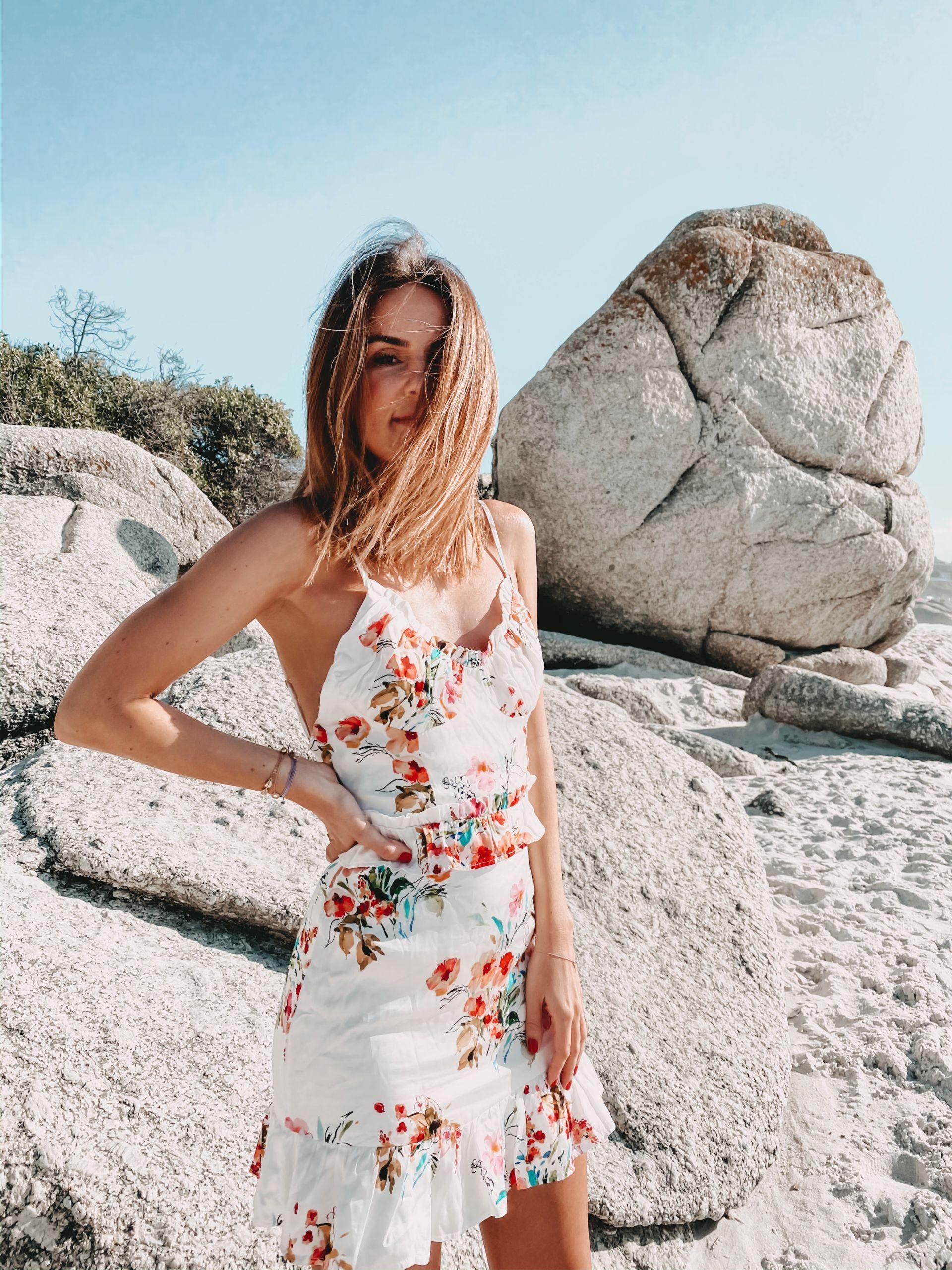 happy girl revolve dress sun sundowner