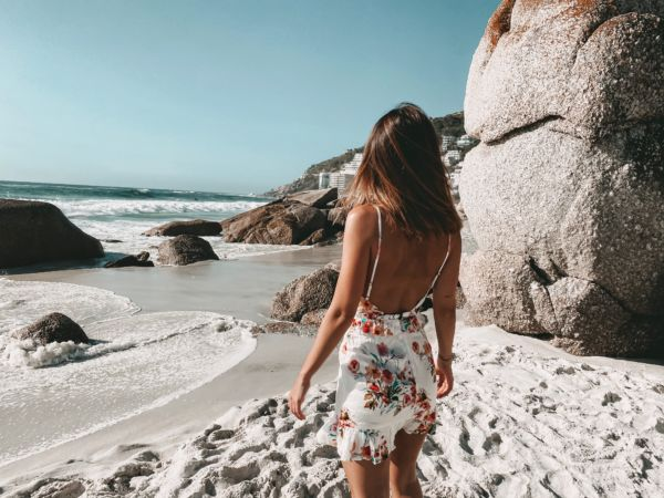 Kapstadt clifton beach flower dress