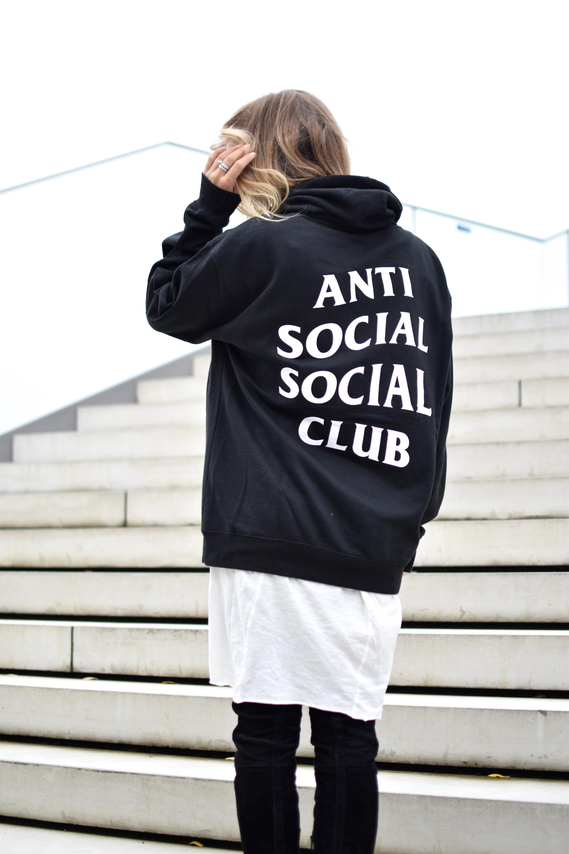 Hoodie Anti Social Club, white longshirt 610e5c3129