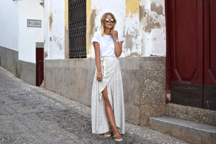 Striped Maxi Skirt and Plateau sandals