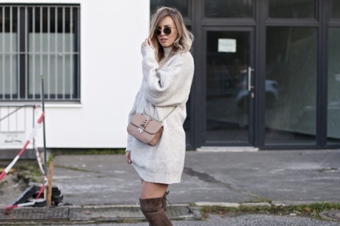 knitted dress, nude bag, sunglasses